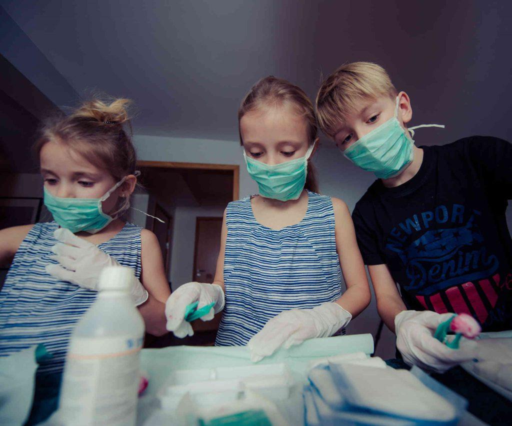 Kinder bei der Ersten Hilfe
